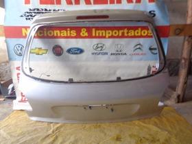 Tampa Traseira Do Peugeot 206 Com Detalhe