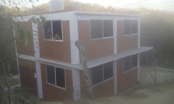 En Venta Bonita Casa Nueva De 2 Plantas Playa Estacahuite!!