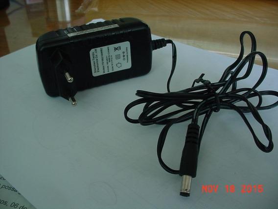 Adaptador / Carregador Ts1902100wbz Shenzen *19v-2,1a*