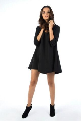 Vestido Negro Corto Corte A Clov Shop
