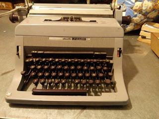 Maquina De Escribir Retro Vintage Decoración