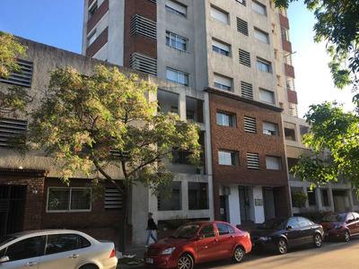Venta Apartamento - Enrique Martinez Y Burgues