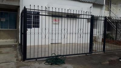 Casa En Venta En Urb El Refugio Al Norte Lado Col.comfacesar