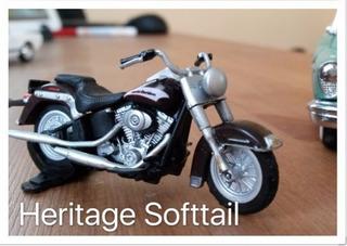 Miniatura Harley Davidson Heritage Softail, Escala 1:43 Raro