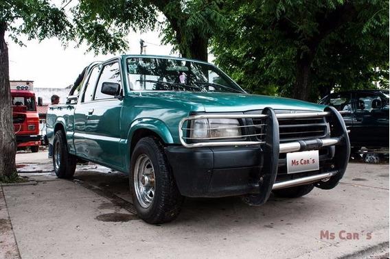 Vendo Mazda Pickup Cabina 1 1/2