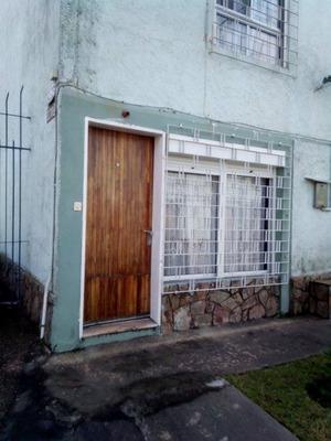 Se Vende Casa Dúplex En Complejo Próximo Al Antel Arena
