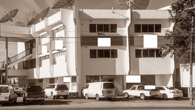 Santiago Estrella Sadhala Edificio 3 Niveles