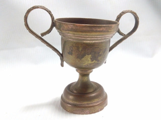 Copa Bronce Pequeña Antigua Papudo 1959