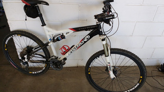 Bicicleta Bike Astro Full Nimblecarbon,manitou,rst,deore 30v