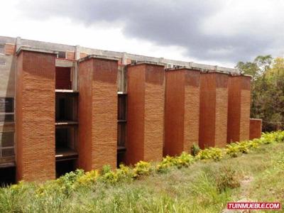 Townhouses En Venta 16-8422