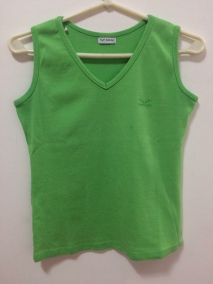 Remera Musculosa Verde Escote En V