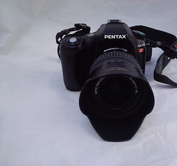 Pentax Istdl + Accesorios