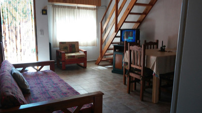 Casa Hasta 6 Personas C/entrada De Auto Y Parrilla.
