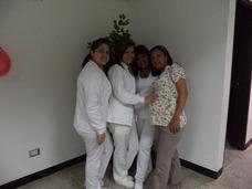 Enfermera A Domicilio. Auxiliares, Cuidadora, Enfermeria.