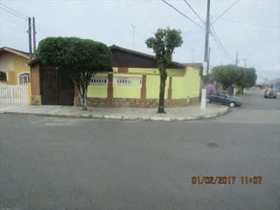 Ref.: 381100 - Linda Casa 2 Dorms. Com Piscina - Só 250 Mil!