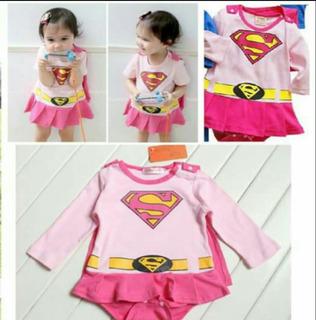 Superchica. Enterizo / Ropa / Disfraces Para Bebes 0-3, 3-6m
