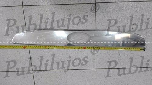 Imagen 1 de 3 de Cromo Bocel Baul De Lujo Para Hyundai Accent Vision Nuevo