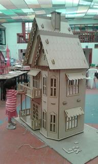 Casa De Muñecas Gotica De 2 Metros De Altura Hecha De Mdf