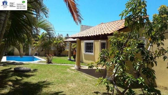 Villa Con Piscina En Palenque De Oportunidad