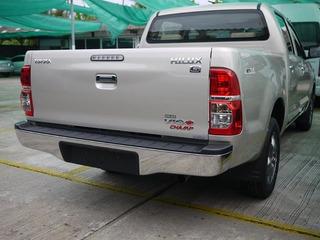 Bomper Trasero Cromado Toyota Hilux Vigo