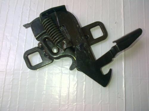 Imagen 1 de 3 de Cerradura De Capot Ford Ranger Original