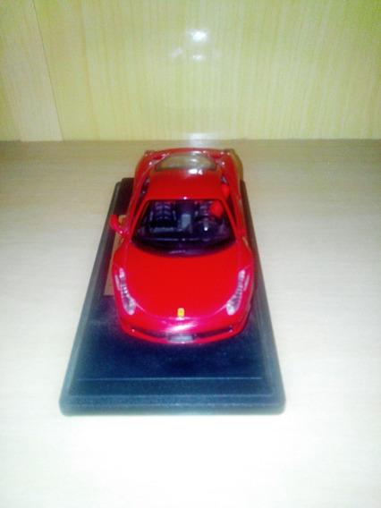 Miniatura Ferrari 458 Italy (2010) - Escala 1:24