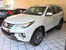 Toyota Hilux Sw4 Srx 2.8 Diesel 4x4 Completo 7lug. 0km18/18