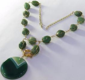 Colar Folheado A Ouro Com Pedra Ágata Verde