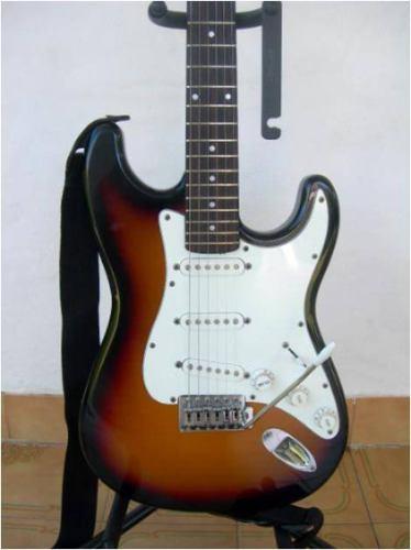 Guitarra Eléctrica Stratocaster,envío A Domicilio+ Envío