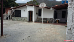 Best House Vende Casa En Urb El Golf Colinas De Carrizal