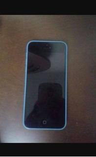 iPhone 5c Semi Novo( Vendo Ou Troco) Acompanha 3 Capinhas!!!