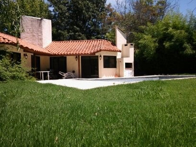 Los Cardales Country Club. Casa En Venta Con Vista Al Golf.