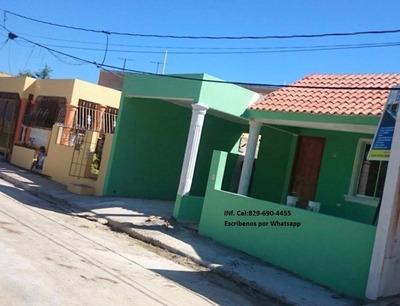 Casa En Jardines De Buena Vista 1, Villa Mella En Rd$:2.6