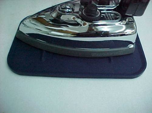 Imagen 1 de 4 de Base De Silicon Para Plancha Original Silverstar