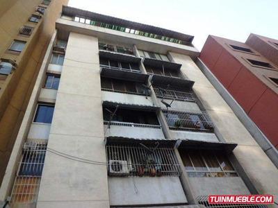 Apartamentos En Venta Centro De Ccs 04241875459 Cod 15-5051