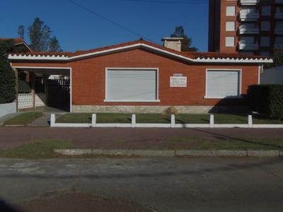 Se Vende 2 Casas A 50 Mts. Del Mar! Excepcional Oportunidad!