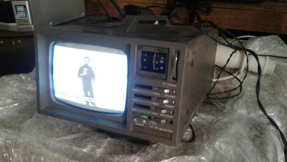 Tv Antiga Deluxe Rádio Funcionando Zn Horto