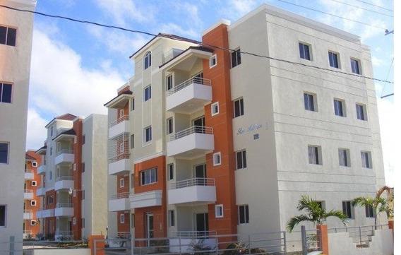 En Los Rieles Calle 20 De Gurabo Apartamento En 1er Nivel