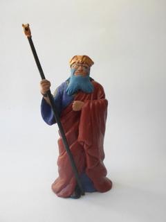 Gigas -saint Seiya- Escala Myth Cloth -