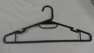 Gancho De Plástico P/ropa, Paquete Con 10 Pzas. Fabricante