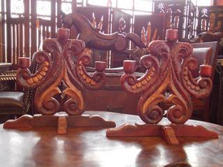 Remato Par De Antiguos Candelabros De Madera Tallados A Mano