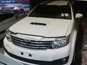 Sucata Toyota Hilux Sw4 3.0 2014 Pecas Mecanica Lataria