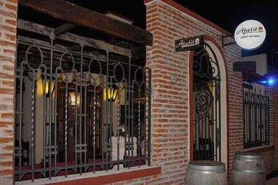 Local Excelente Estado Equipado P/restaurante Céntrico