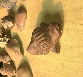 Muiraquitã-peixe-boi (réplica)