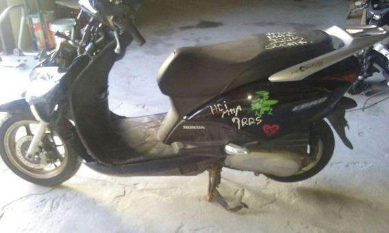 Sucata Para Retirada De Peças Honda Lead Modelo 2011 A 2011