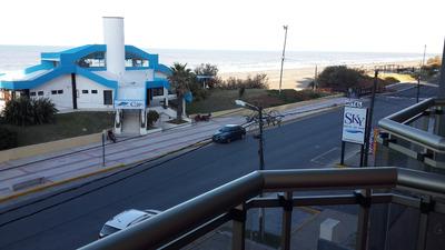 Monoambiente Con Gran Balcon Frente Al Mar, Sum Con Parrilla