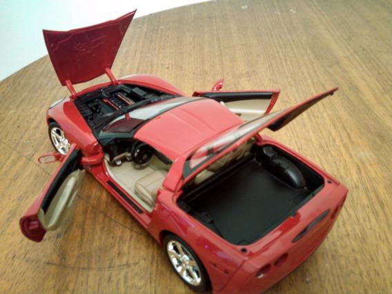 Miniatura Corvette C6. Escala 1:18 Hotwheels