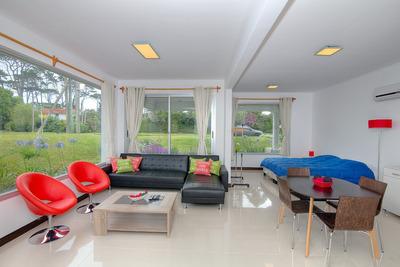 Hermoso Loft-apartamento De Diseño A Solo 100 M De La Playa