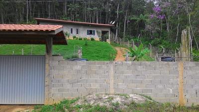 Casa 113 M² / 3.700 M² De Área / 2 Dormitórios / 1 Km Da Br