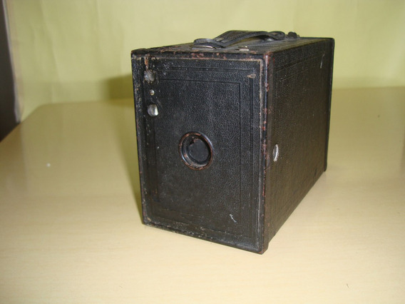 Câmera Antiga Kodak Brownie N-2 Mod. F